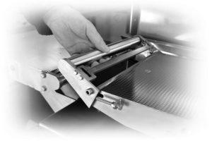Démontage convoyeurs à bande Fine Spect 300x200 - Systèmes de mise au pas