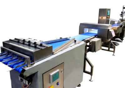 Ligne de controle et détiquetage 400x284 - Contrôles en fin de production